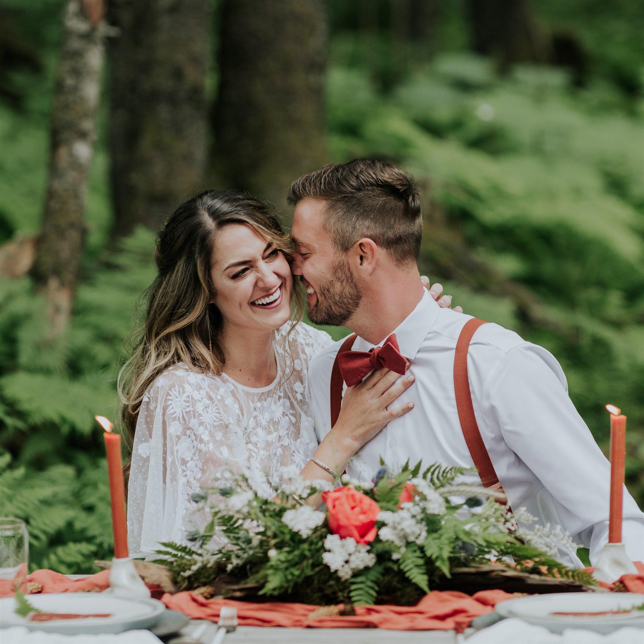 alaska elopement cabin picnic