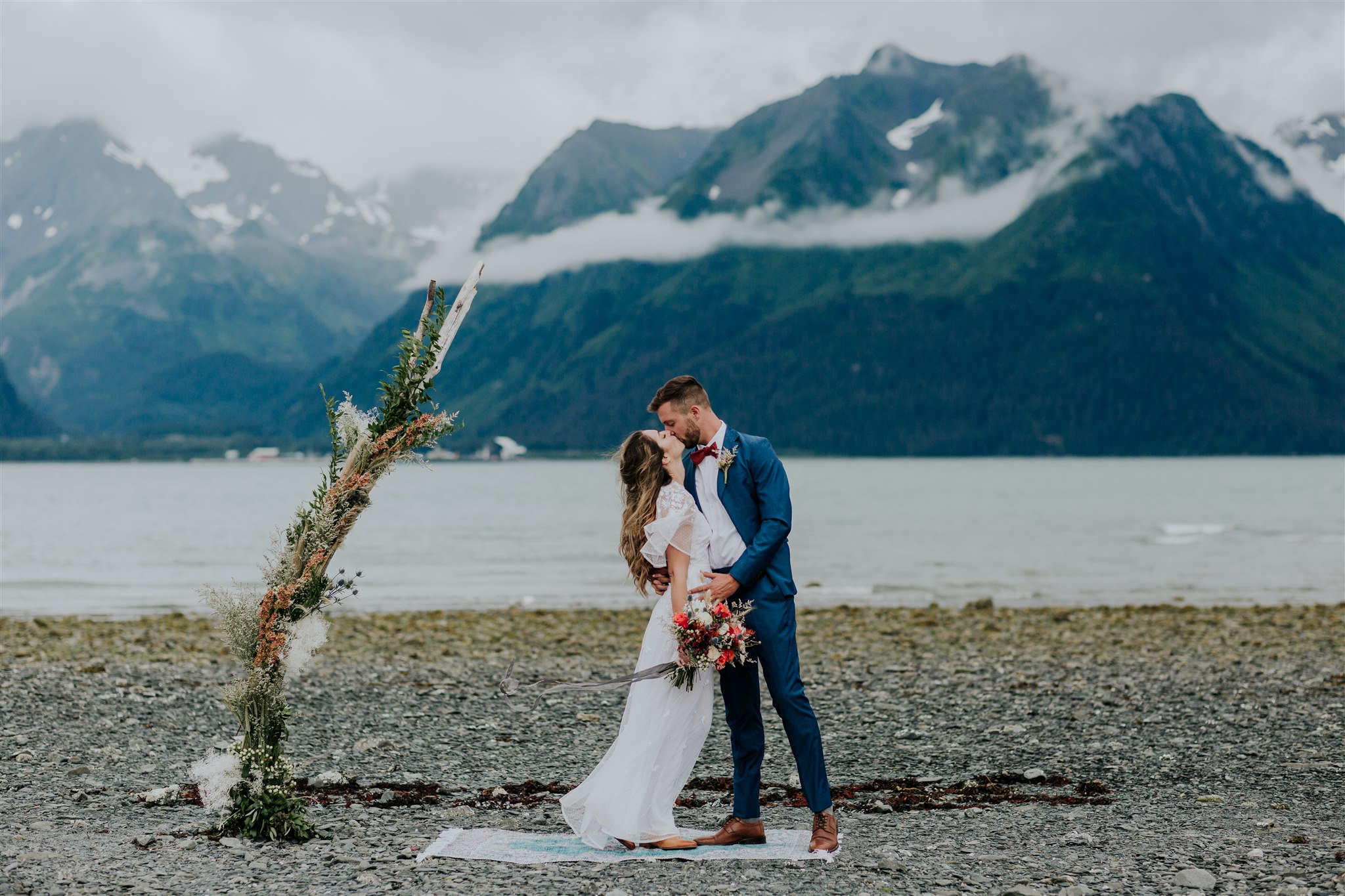 alaska beach elopement seward wedding