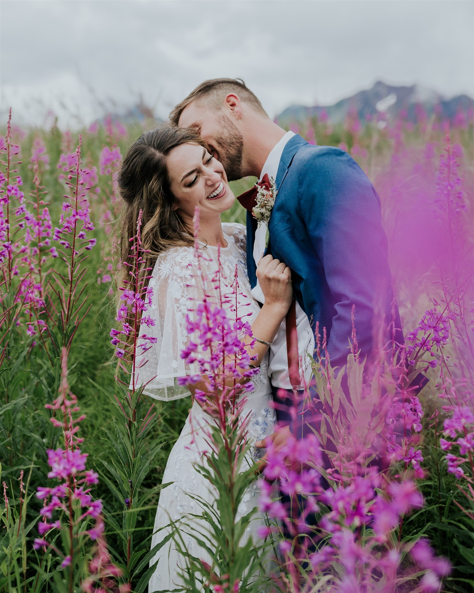 alaska elopement photographer a-frame cabin salted roots