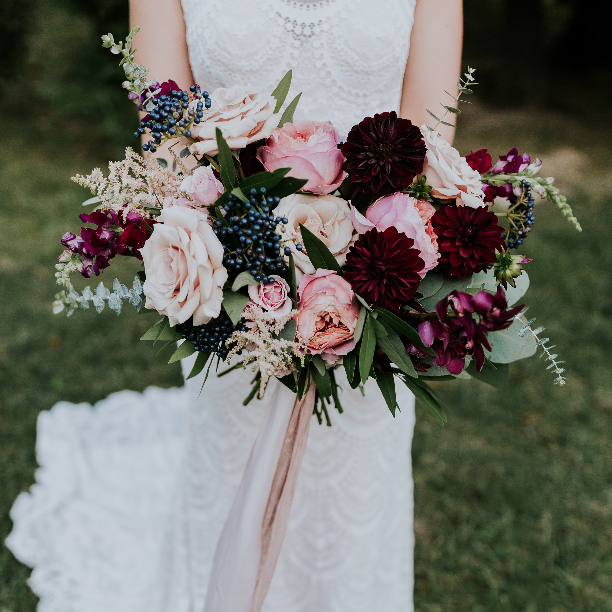 adventurous outdoor wedding southern indiana midwest wedding photographer fall wedding bouquet inspiration pink