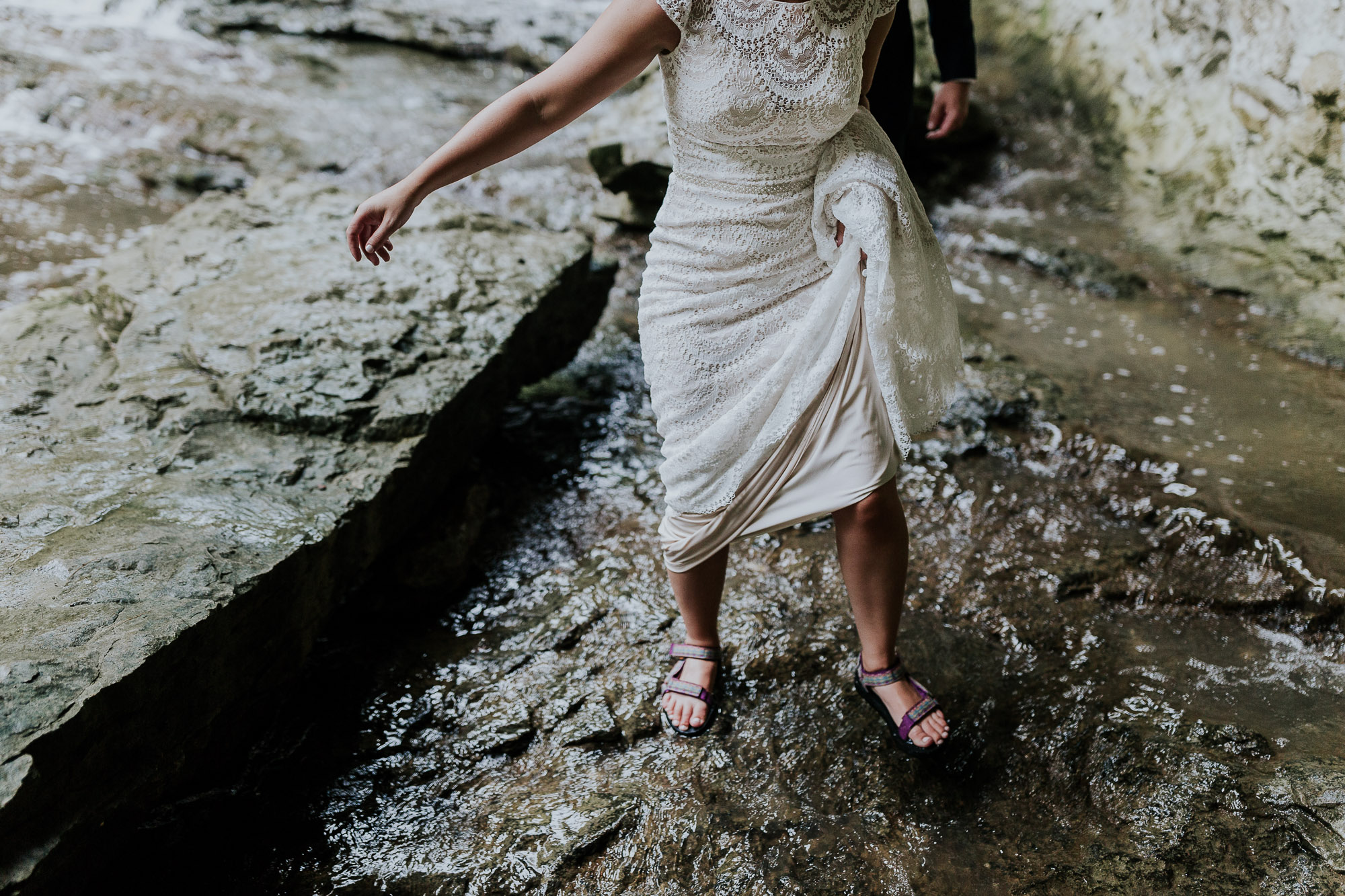 adventurous outdoor wedding southern indiana midwest wedding photographer