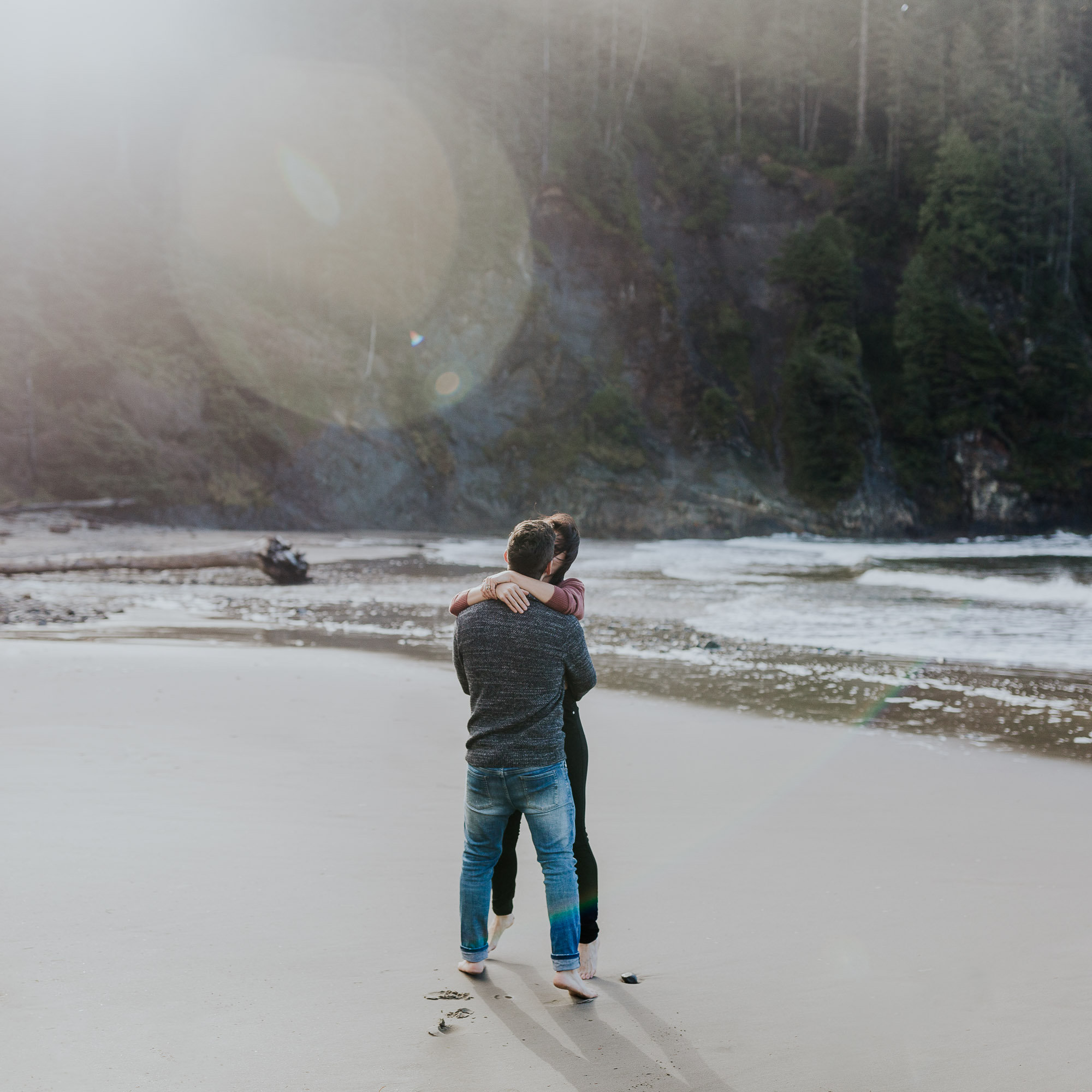 oregon coast engagement adventure session oregon elopement photographer