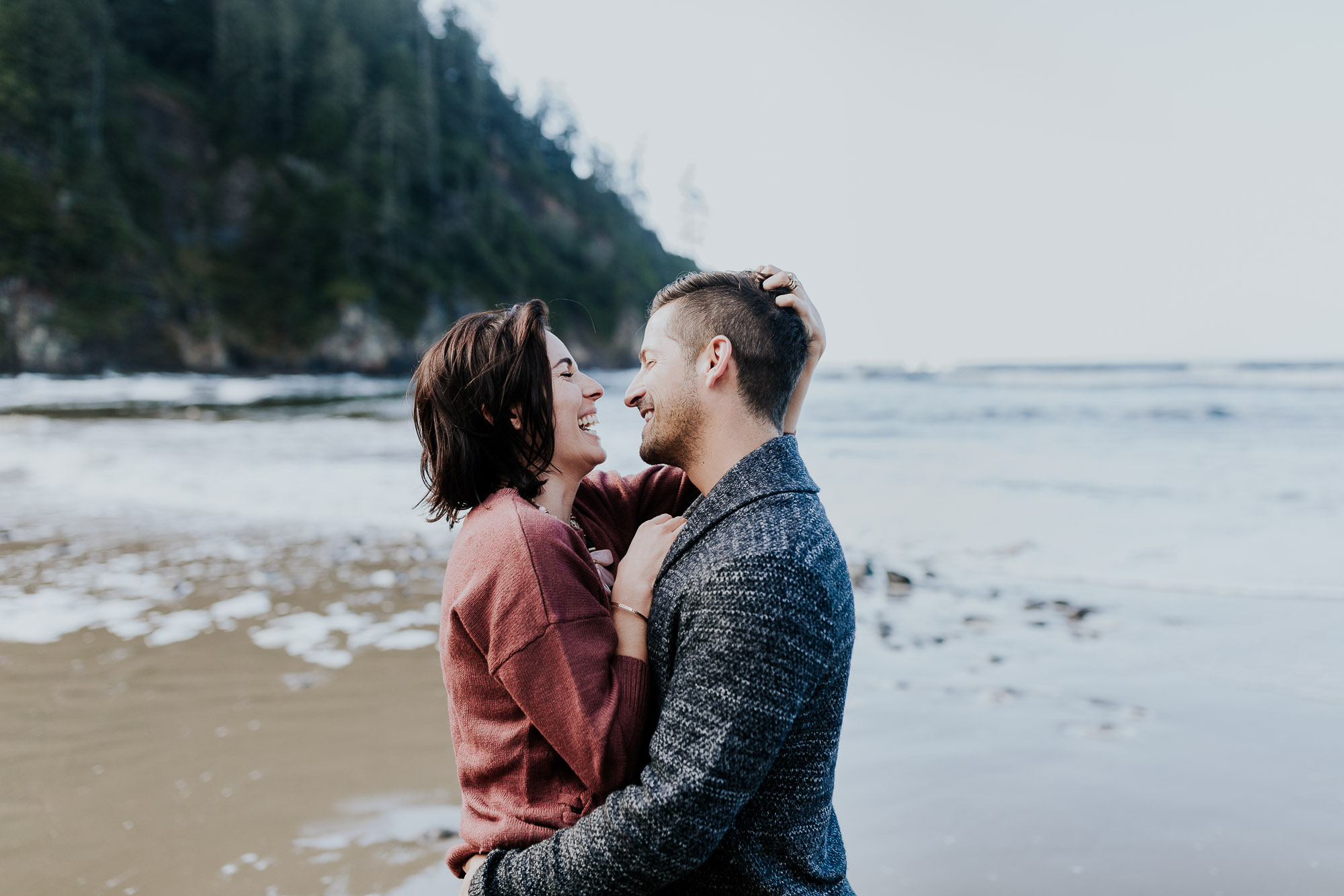 oregon elopement photographer coast adventure