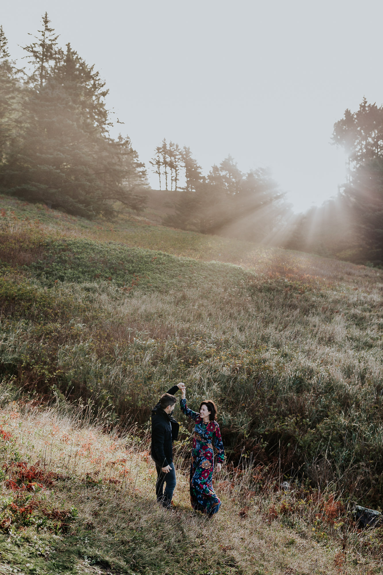 sunrise oregon engagement photographer