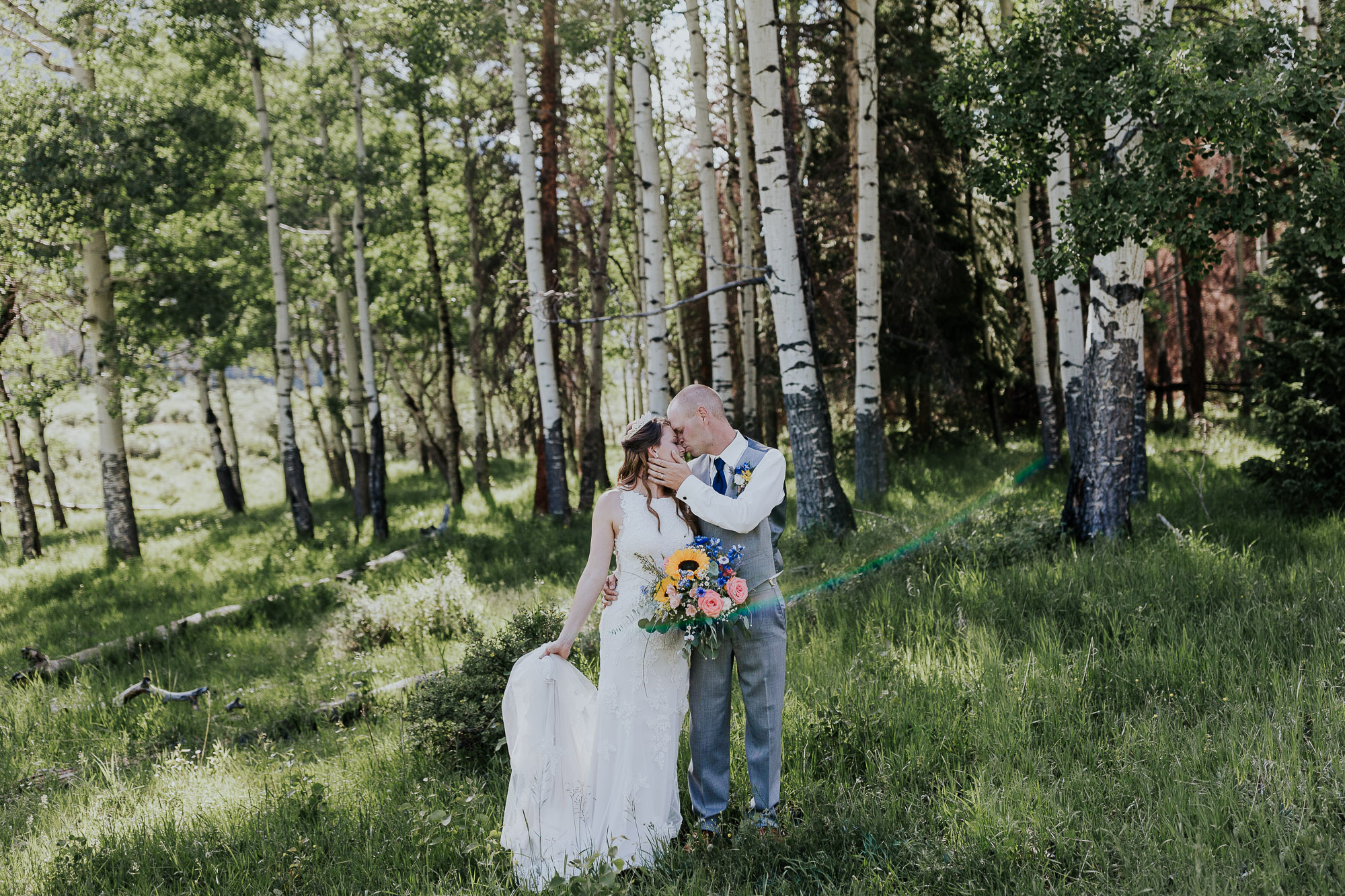 aspen trees wedding photo summer colorado