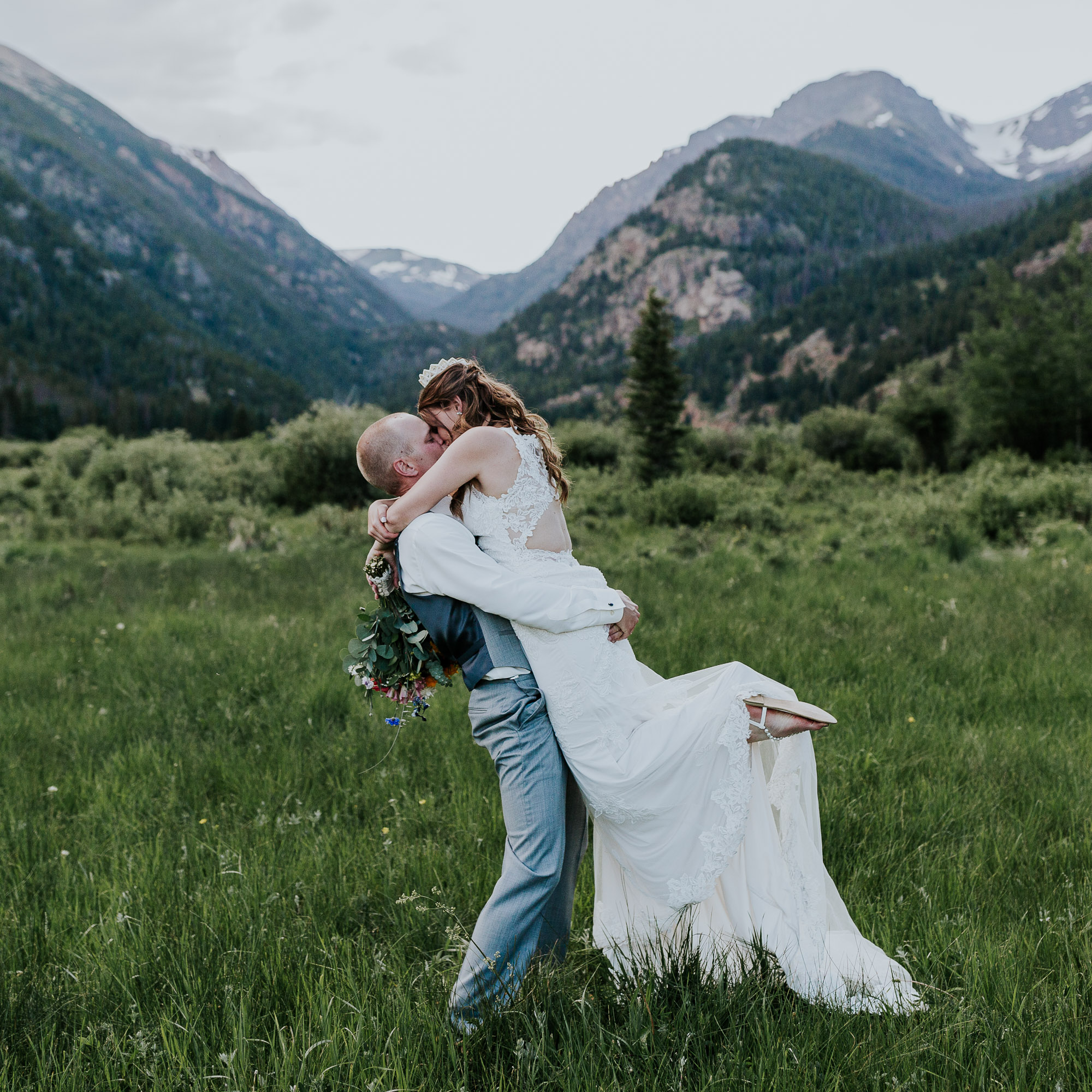 rocky mountain national park wedding photographer colorado