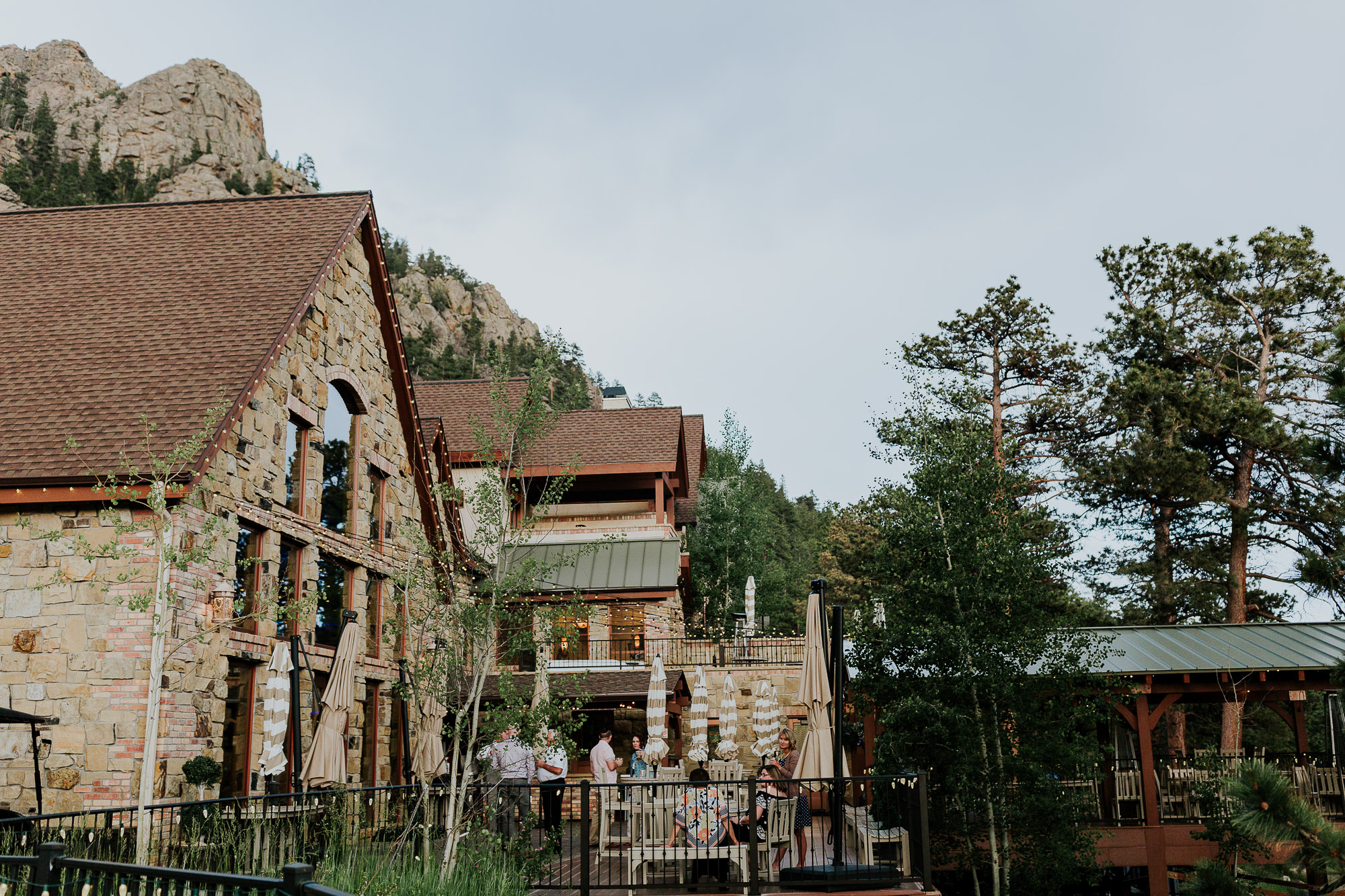 della terra mountain chateau colorado wedding venue