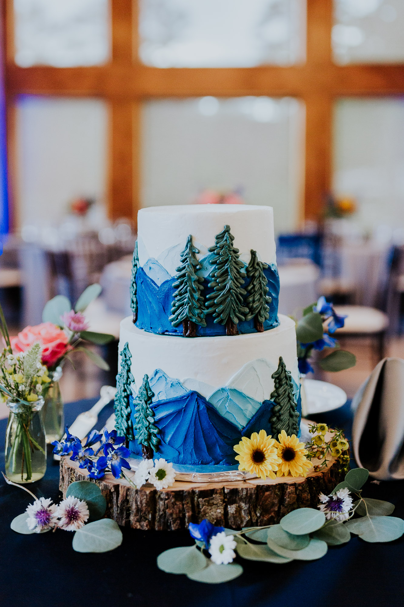 mountain wedding cake colorado