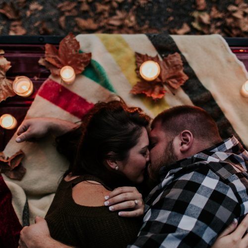 BEN + ASHLEY: COZY TAILGATE ENGAGEMENT
