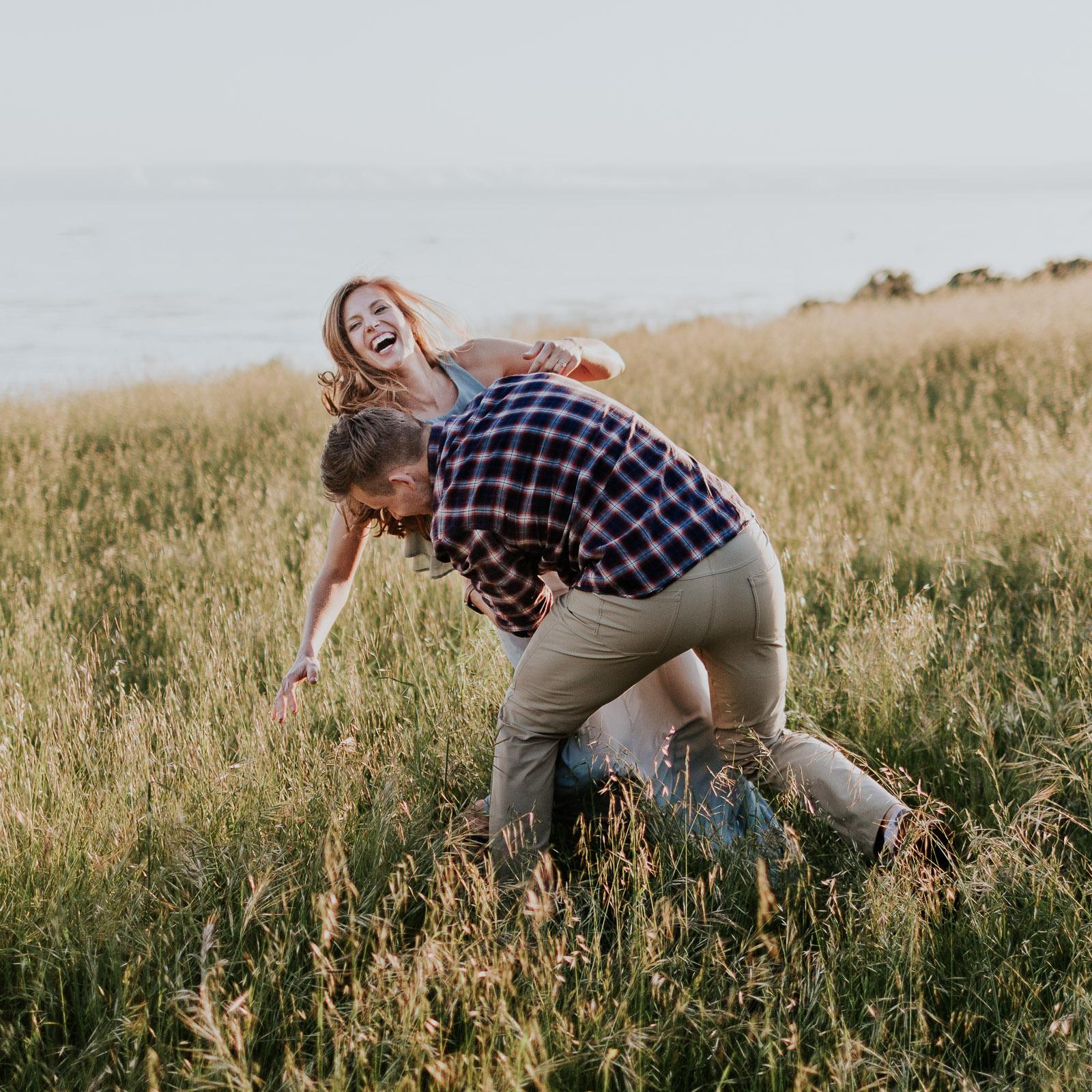 honeymoon adventure in big sur elopement photographer outdoor wedding honeymoon photos adventurous elopement photographer