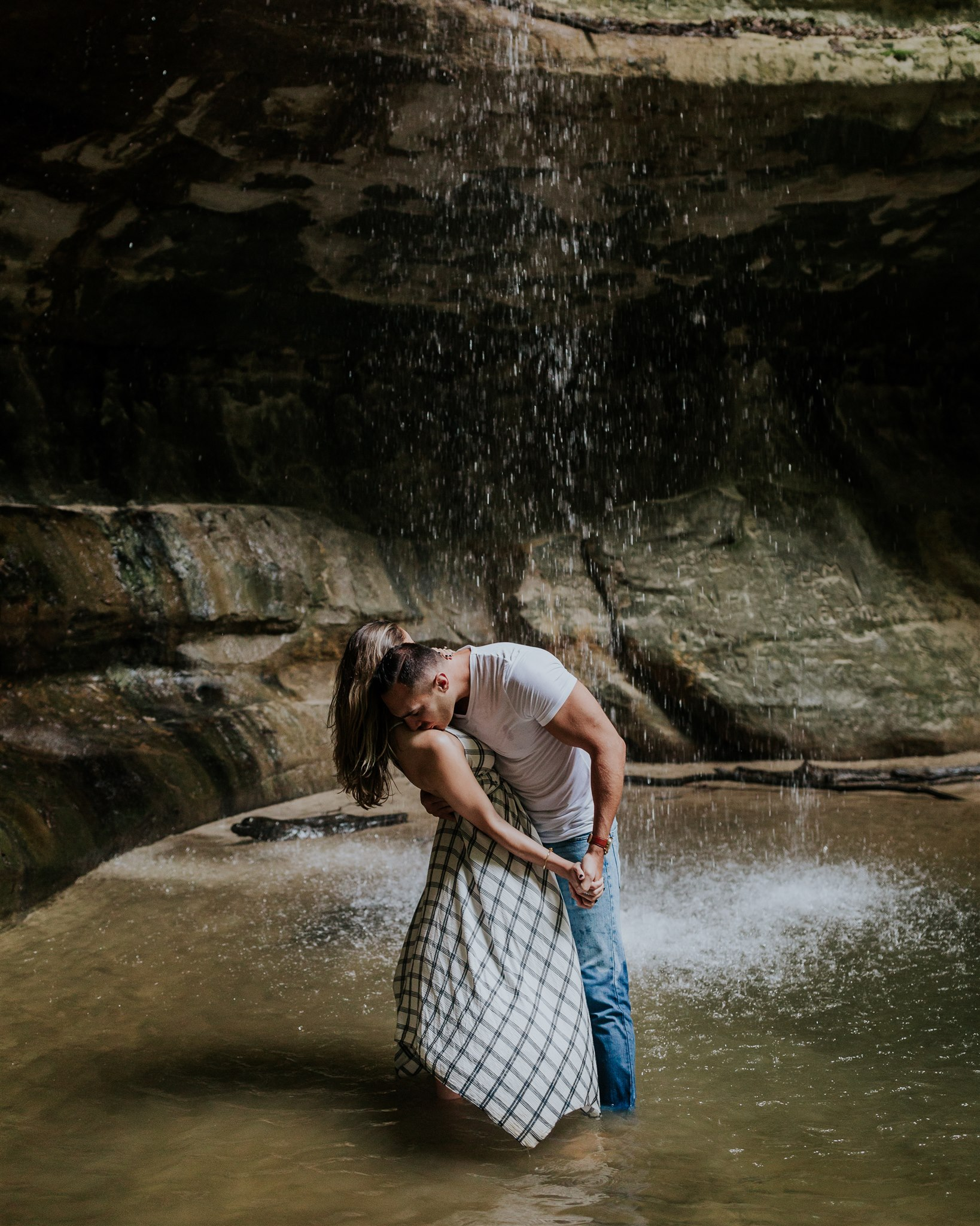 waterfall illinois engagement photographer
