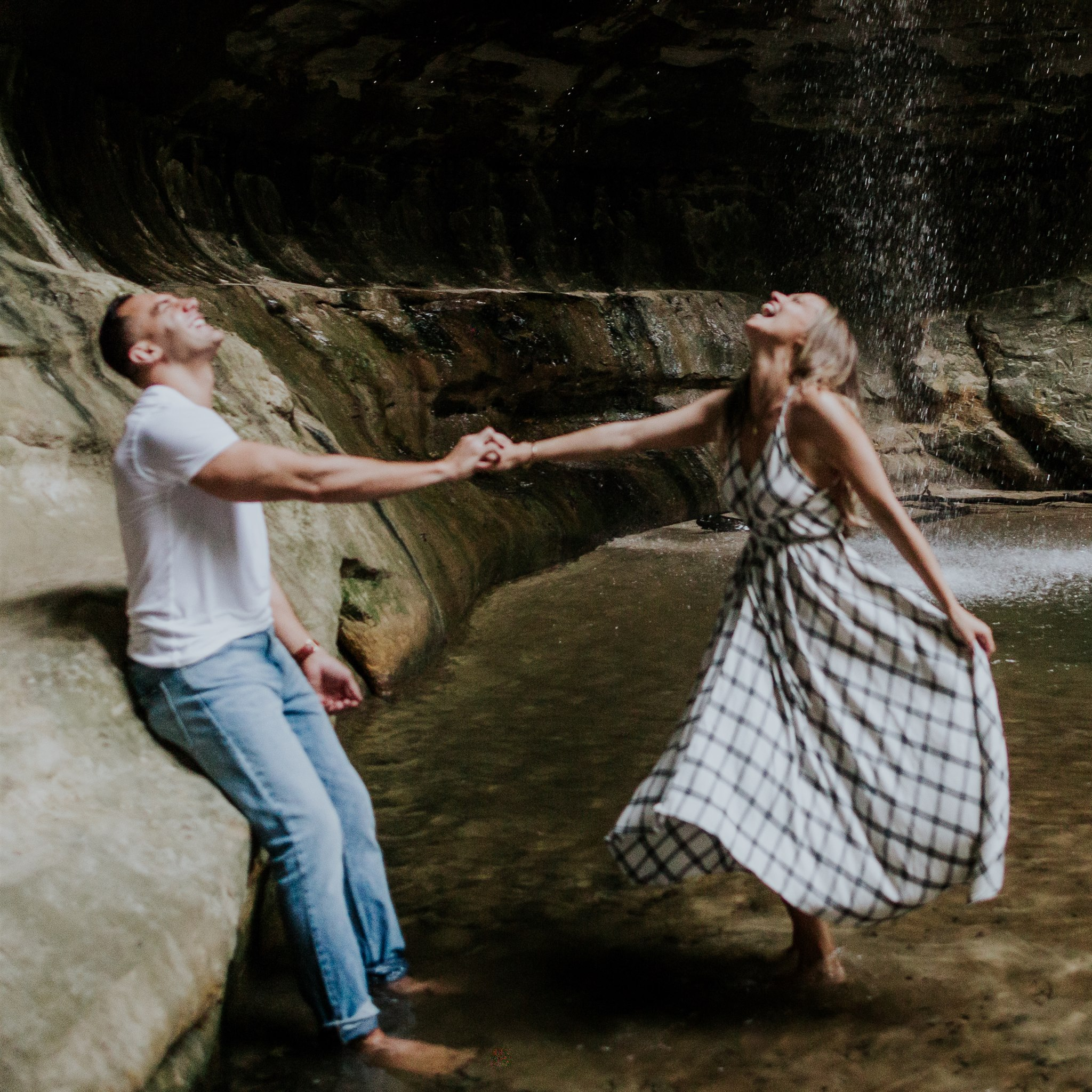 engagement photo ideas waterfall