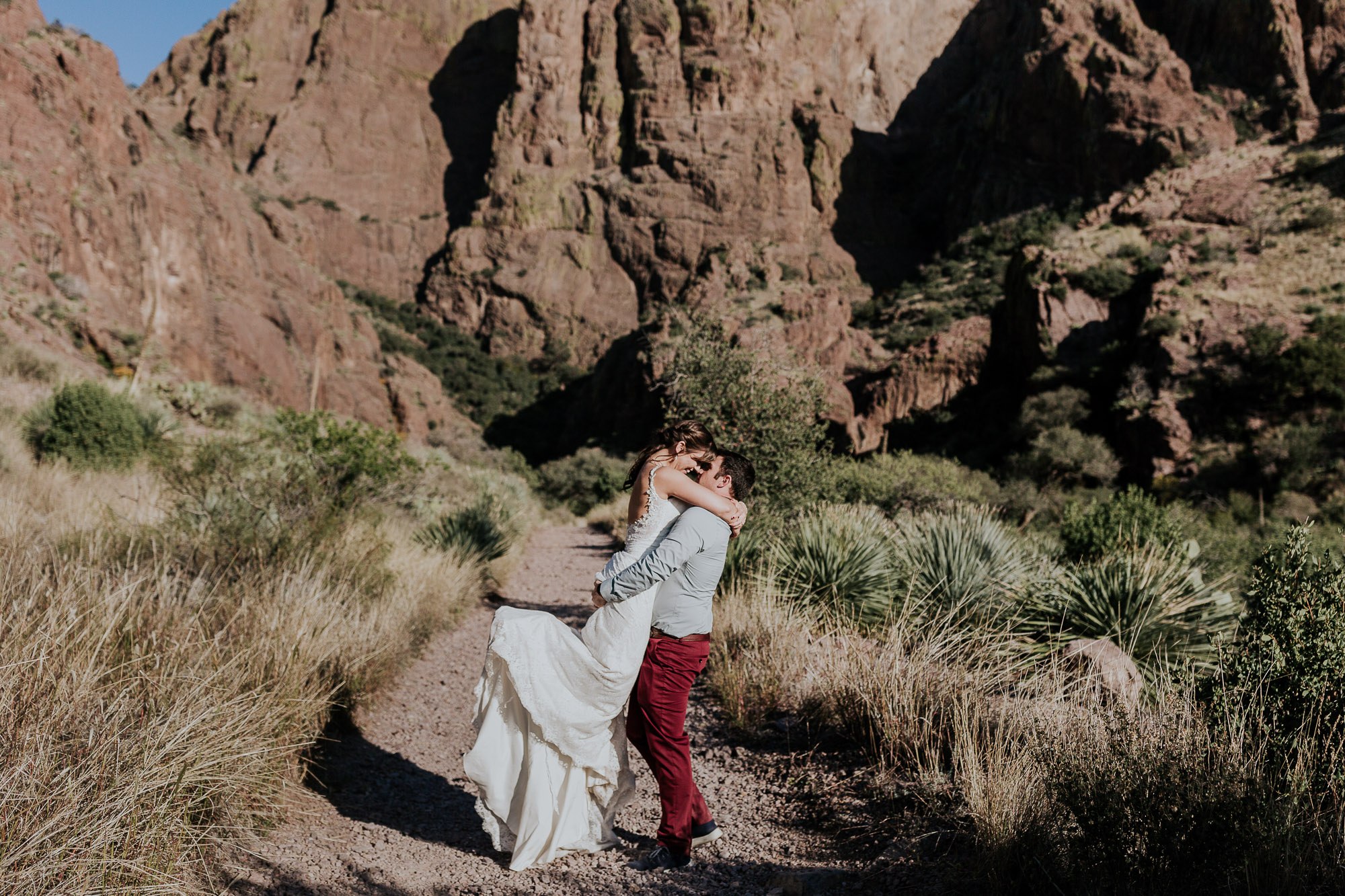 new mexico hiking elopement las cruces adventurous elopement photographer new mexico wedding desert new mexico wedding photographer