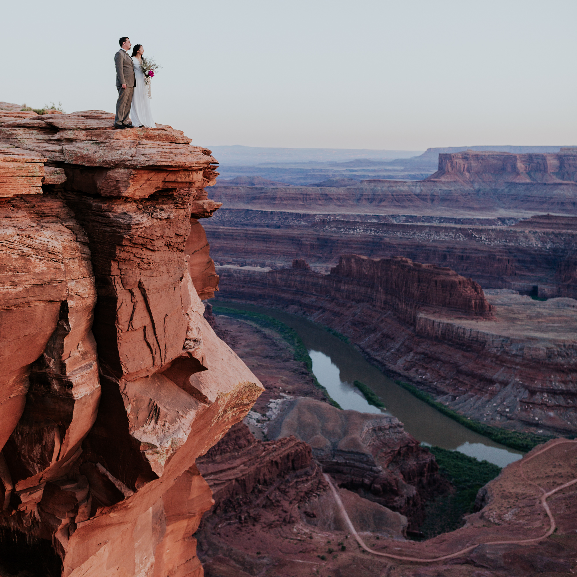 moab elopement photographer utah elopement adventure hiking desert