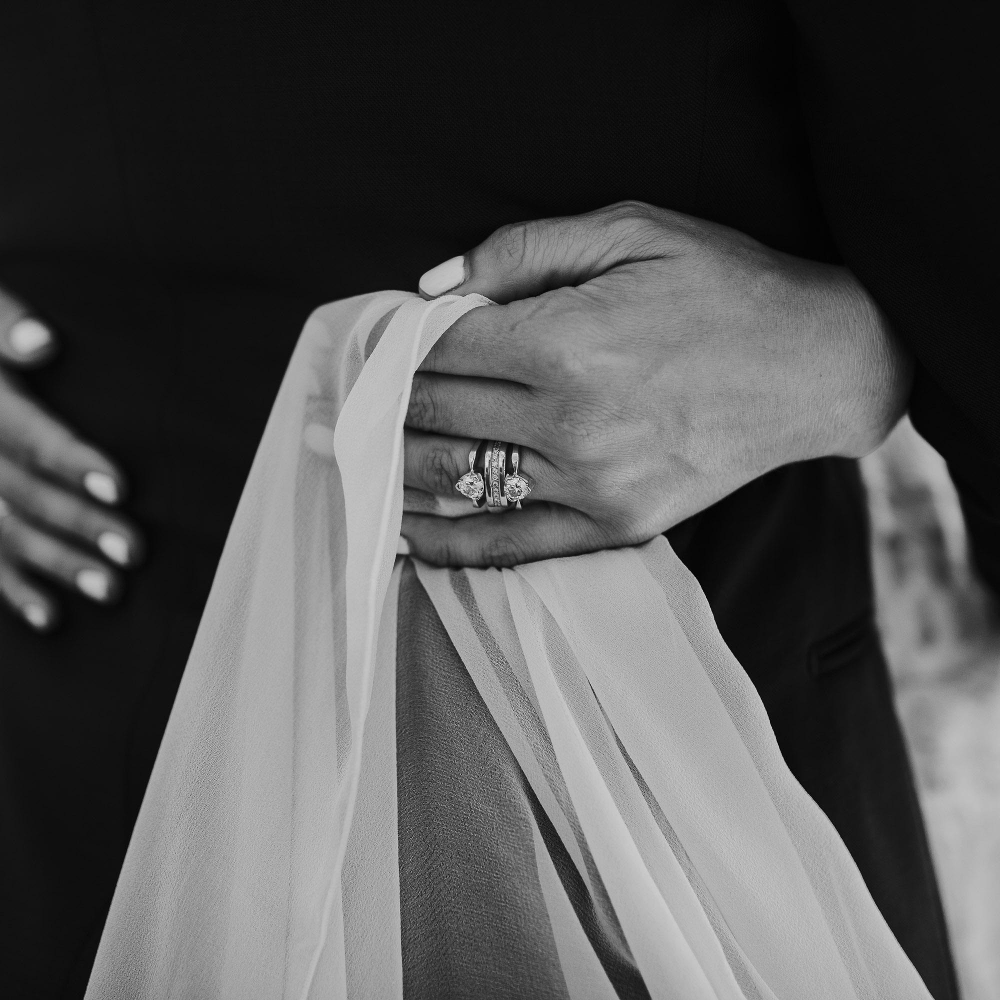 art fx rings oregon backyard wedding