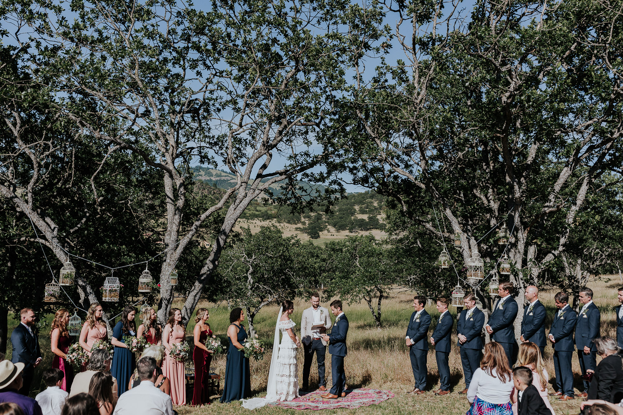 outdoor ceremony oregon wedding photographer