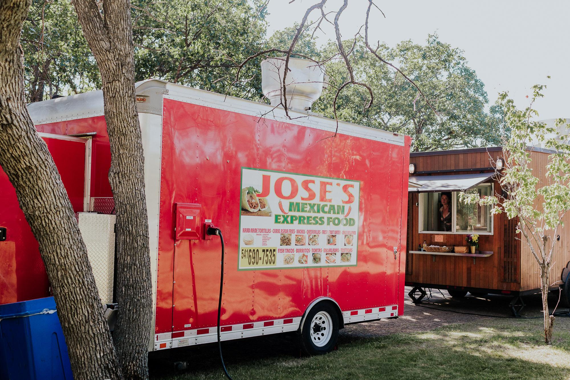 food truck wedding backyard oregon