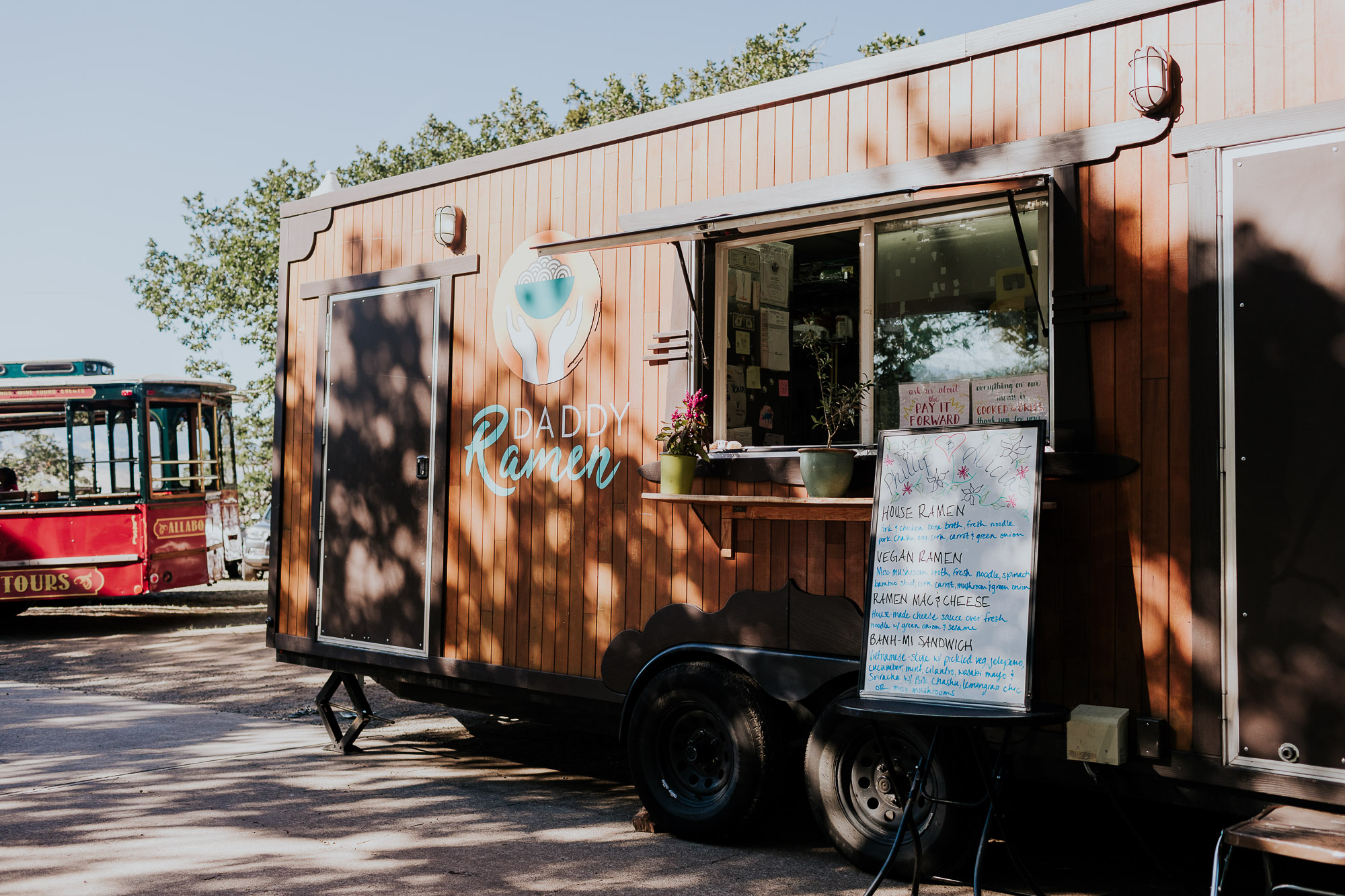 food truck wedding backyard