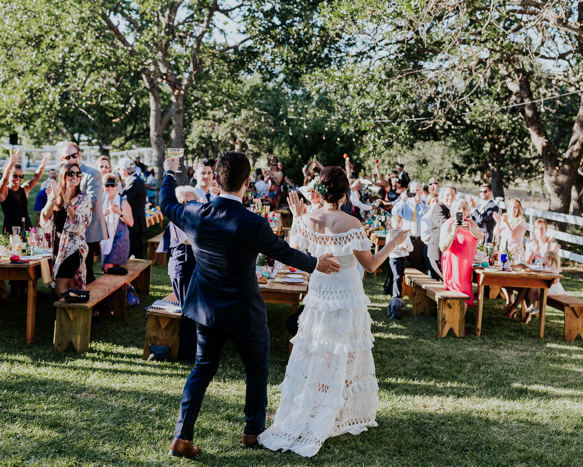 outdoor reception southern oregon wedding photographer