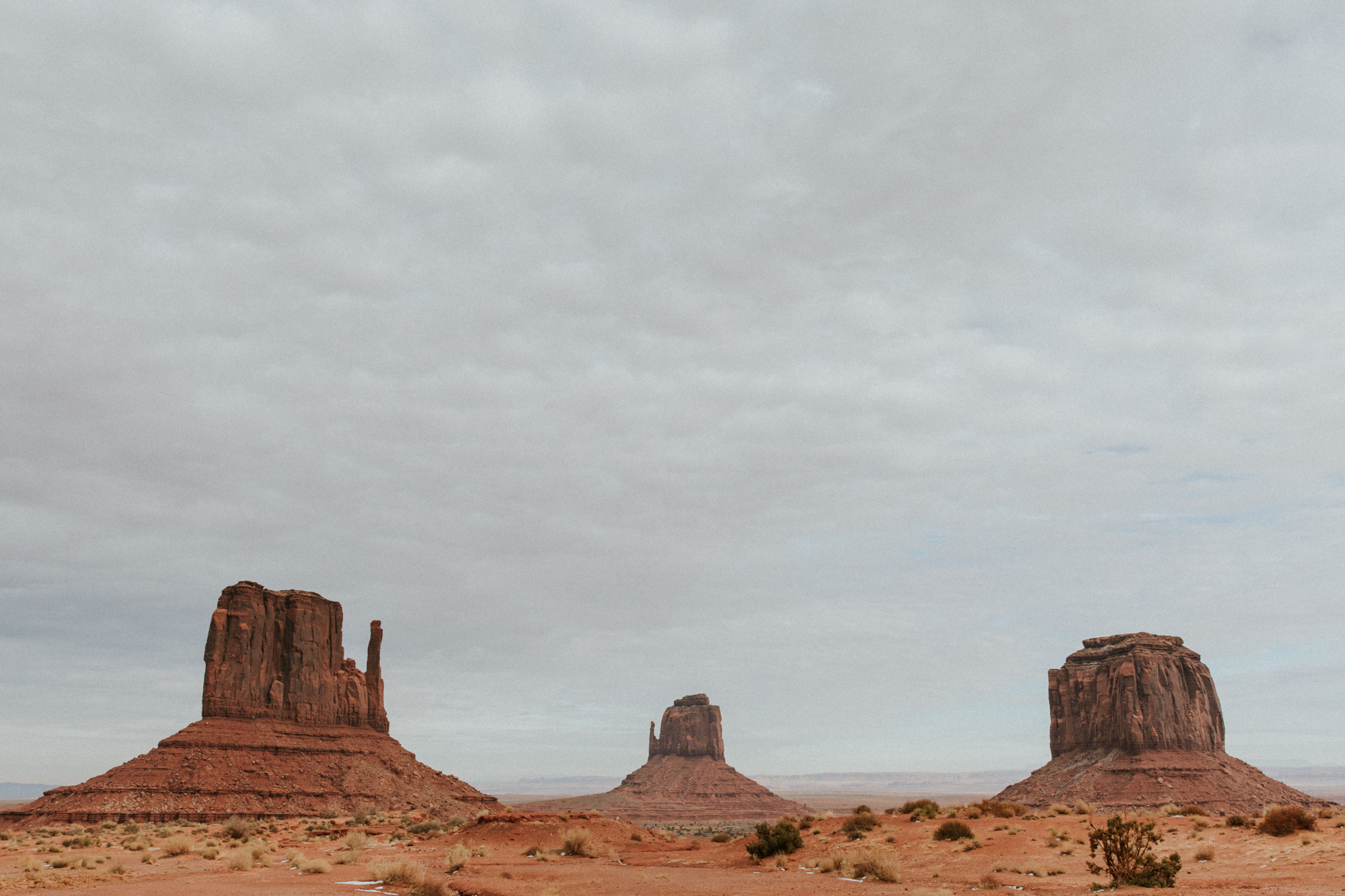 travel destination southwest road trip arizona phoenix emily hary photography elopement natural light photographer map monument valley desert